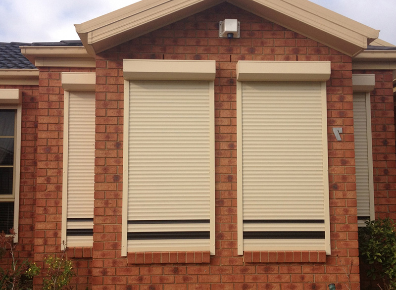 کرکره اتوماتیک پنجره در چالوس